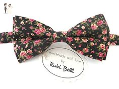 Black bow tie with pink flowers - Groom fashion accessories (*Amazon Partner-Link)