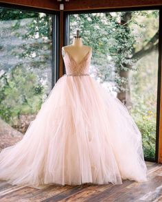 """Mi piace"": 5,551, commenti: 43 - Lazaro (@lazarobridal) su Instagram: ""For the love of ball gowns  #style3751 #lazarofall17 #instoresnow #tulleontulleontulle photo…"""