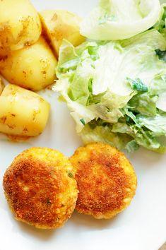 kotlety jajeczne Insulin Resistance Diet, Vegetarian Recipes, Cooking Recipes, Eat Happy, Good Food, Yummy Food, Polish Recipes, Polish Food, Healthy Living