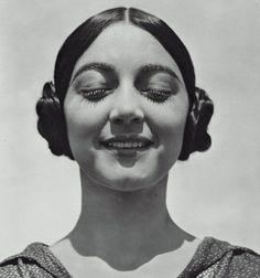 Rosa Rolanda (Covarrubias),1926  Photographer: Edward Weston