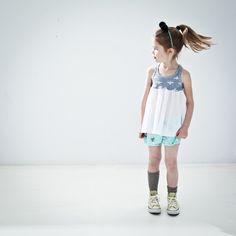 nosweet, sweet, kids, fashion, clothes, girl, mint, bee, shorts, spring, summer, grey, batiste, converse, fun, mousehouse, shop for kids