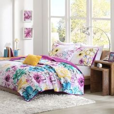 Olivia Coverlet Set in Fuchsia - BedBathandBeyond.com