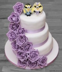 Wedding cake Minion toppers