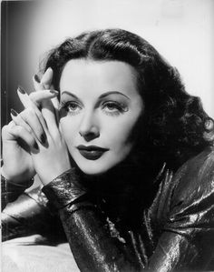 Most Beautiful Women of Classic Hollywood Old Hollywood Movies, Golden Age Of Hollywood, Hollywood Glamour, Hollywood Actresses, Classic Hollywood, Hollywood Style, Classic Actresses, Hollywood Icons, Female Actresses