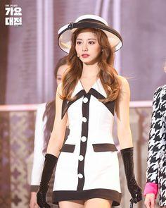 Twice Tzuyu, Twice Jyp, Nayeon, Kpop Girl Groups, Korean Girl Groups, Kpop Girls, Kpop Fashion Outfits, Stage Outfits, Twice K Pop