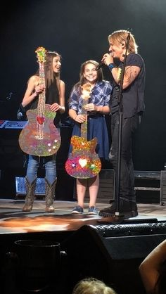 Country superstar Keith Urban invited St. Albert country singer Hailey Benedict and younger sister Makenna onstage during his Ripcord World Tour last Friday night at Rogers Place.