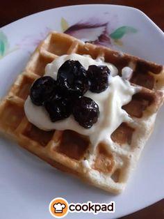 Βάφλες ή #cheesecake; Αυτές οι #βάφλες συνδυάζουν και τα 2! #συνταγές #γλυκό #waffles #recipes Cheesecake, Waffles, Brunch, Breakfast, Food, Cheesecake Cake, Breakfast Cafe, Cheesecakes, Essen