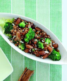 salat af perlebyg, bønner og broccoli