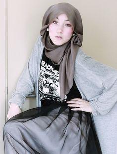 Hana tajima ... this gal has style..........