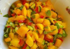 Mangó Salsa recept foto Mango Salsa, Fruit Salad, Recipes, Food, Red Peppers, Fruit Salads, Essen, Meals, Eten