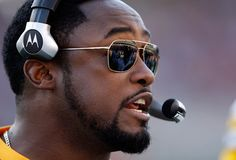 sexiest coach in the league. mike tomlin.