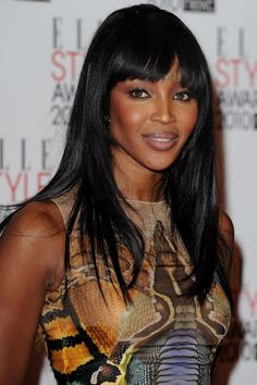 Naomi Campbell Long Straight Cut with Bangs - Naomi showed off her sleek black locks at the ELLE Style Awards. Her blunt cut bangs were the perfect thing to frame her face. 2015 Hairstyles, Sleek Hairstyles, Celebrity Hairstyles, Naomi Campbell, Elle Style Awards, How To Cut Bangs, Beauty Spa, Dress Makeup, Image Hd