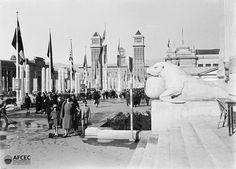 Fira de mostres de la Plaça Espanya, Barcelona, ca. 1929. Autor: Lluís Girau i Iglesias (AFCEC_GIRAU_X_0875)
