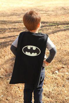 No Sew Glow In The Dark Batman™ Cape | Analisa Murenin for Silhouette