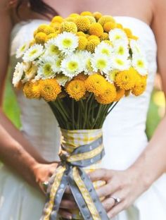 wedding flower bouquet, bridal bouquet, add pic source on comment and we will update it. www.myfloweraffair.com