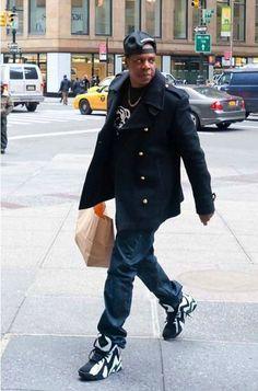 Jay-Z wearing Reebok Kamikaze II « Sonics »