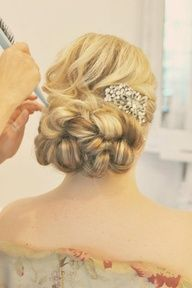 50 Beautiful Wedding Hair UPDO Styles - Page 3 of 3 - Stylebeans Wedding Hair And Makeup, Bridal Hair, Hair Makeup, Hair Wedding, Bridal Headpieces, Up Hairstyles, Pretty Hairstyles, Wedding Hairstyles, Prom Hair Updo