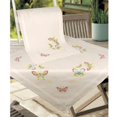 Deco Butterflies Tablecloth Stamped Cross Stitch Kit - Cross Stitch, Needlepoint, Embroidery Kits – Tools and Supplies