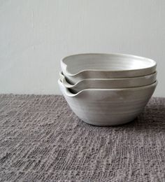 Pouring Bowl - White