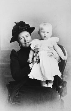 Victoria, Empress Frederick of Germany, with her grandson, Prince George of Greece, 1891 [in Portraits of Royal Children Vol.39 1890-1891] | Royal Collection Trust