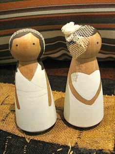 How to make your own cake toppers using wooden dolls | Offbeat Bride