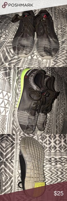 Reebok Running Shoes Lightly worn  Good shape Good for running Reebok Shoes Sneakers
