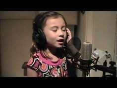 Incredible 7 Year Old Singer Sings 'O Holy Night'. Her Voice? Remarkable