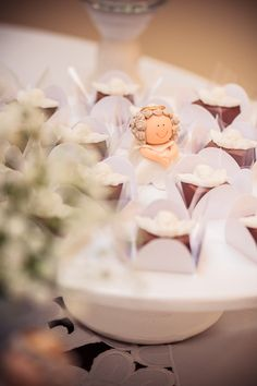 O batizado do Caê   Macetes de Mãe Baptism Party, Table Decorations, Party Ideas, Party, Eucharist, Boxes, Gift, Fotografia, Make Up