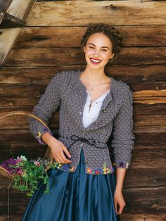 So sweet this wool jacket matches perfect with the shiny fabric of the skirt. Pretty Outfits, Beautiful Outfits, Autumn Winter Fashion, Spring Fashion, Shiny Fabric, Folk Fashion, Cute Skirts, Modest Fashion, Knit Cardigan