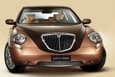 Pictures and Wallpapers of 2004 Lancia Thesis Bicolore