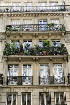 Balcony garden, Paris