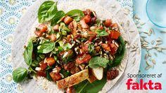 Kom godt i gang med ugen med en nem og lækker omgang wrap. Her får du opskriften på wraps med stegt kylling og tomatsalsa