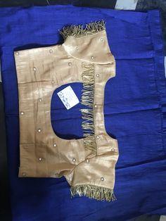 Saree Jacket Designs, Cotton Saree Blouse Designs, Simple Blouse Designs, Stylish Blouse Design, Blouse Back Neck Designs, Kurta Neck Design, Designer Blouse Patterns, Sarees, Sumo