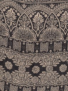 BIN 4 Silk sari, New Delhi, 6.20 m x 110 cm, black & cool cream
