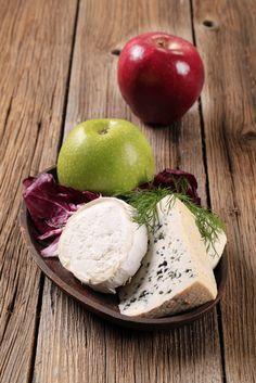 The Chew: Daphne Oz's Apple and Cheese Whole Grain Bite Recipe