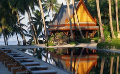 Amanpuri ....A supremely good spa is tucked away on the other side of the resort, overlooking Bang Tao beach. The look is very much traditional Thai with polished wood floors, sliding screen doors and elaborate floral displays; all very serene and comfortable.