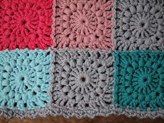 Inspiration :: Puff stitch square uses 2DC in last round; no pattern.  #crochet #motif