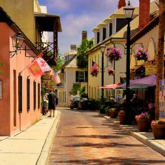 St Augustine, Florida - By far one of my favorite places to visit EVER. Florida Vacation, Florida Travel, Florida Beaches, Vacation Trips, Vacation Spots, Florida City, Florida Sunshine, Sunshine State, Great Places