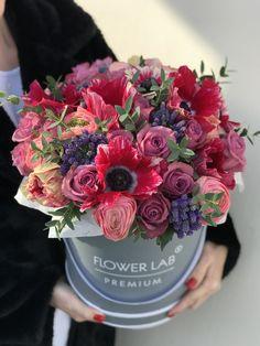Beautiful Flower Arrangements, Romantic Flowers, Pretty Flowers, Floral Arrangements, Wedding Flower Decorations, Wedding Flowers, Funeral Flowers, Arte Floral, Flower Pictures