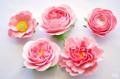 GORGEOUS real-looking clay flowers by DK DESIGNS. ♥