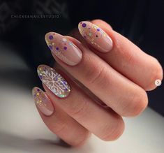 Belacam - Earn Crypto Through Social Media Diy Nails Manicure, Aycrlic Nails, Xmas Nails, Holiday Nails, Christmas Nails, Pink Nails, Cute Nails, Hair And Nails, Classy Nails