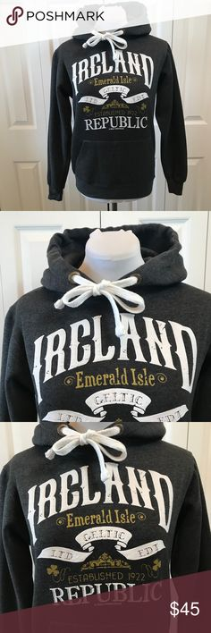 "Ireland Republic Hoodie Sweatshirt XS Gray Thick Ireland Republic Hoodie Sweatshirt XS Gray Thick Worn Once Purchased in Ireland by Irish Connexxion Dublin Bust: 37"" Waist: 35"" Hip: 34"" Sleeve: 24"" Length: 24.5"" Irish Connexxion Dublin Tops Sweatshirts & Hoodies"