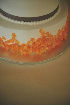tiny blossoms...on the cake