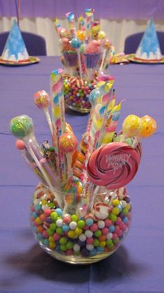 It's all about the Candy at your Candyland Party! Find creative ideas and unique tips to make your Candyland party a sweet success! Unicorn Birthday, Unicorn Party, Candy Land Theme, Candy Land Birthday, Candy Theme Birthday Party, Candy Centerpieces, Candy Land Decorations, Candy Arrangements, Birthday Decorations