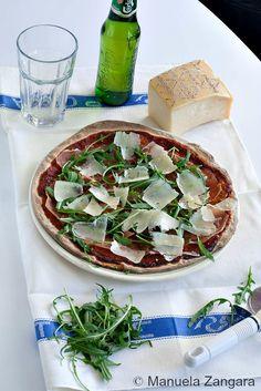 Prosciutto, Rocket and Grana Cheese Pizza