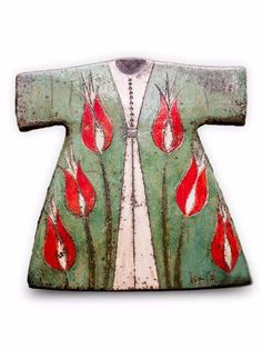Ceramic Raku Wall Hanging Kaftan, Handmade & Hand-Painted in Turkey by Artist Tevfik,Whose work has been exhibited in Ankara Erenus Art Gallery & solo exhibitions in Istanbul, Luxurious & Unique, Beautifully crafted, Material : Raku Ceramic, Natural Dyes, Raku is a traditional Japanese firing technique dating back 400 Years.Height 12 Inches, Width 12 inches, Depth 1 inches