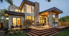 Beautiful average sized contemporary style home, located in Burlingame, California with gorgeous warm interior design.