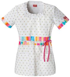 Fashion Prints by Dickies Womens Junior Smocked Round Neck Print Top Scrubs Outfit, Scrubs Uniform, Medical Uniforms, Medical Scrubs, Costume, Scrub Pants, Scrub Tops, Workout Tops, Fashion Prints