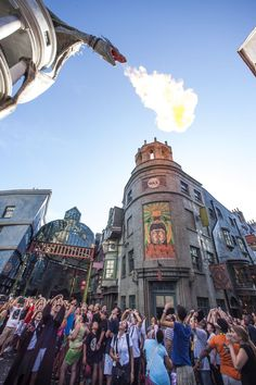 Celebrating One Whole Year of Wizarding World of Harry Potter – Diagon Alley!