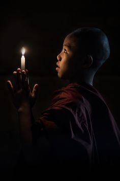 A novice monk praying in a temple in Baga, Myanmar (Burma Buddha Zen, Gautama Buddha, Buddha Buddhism, Buddhist Monk, Religion, Zen Meditation, Chiaroscuro, The Last Airbender, Light Photography